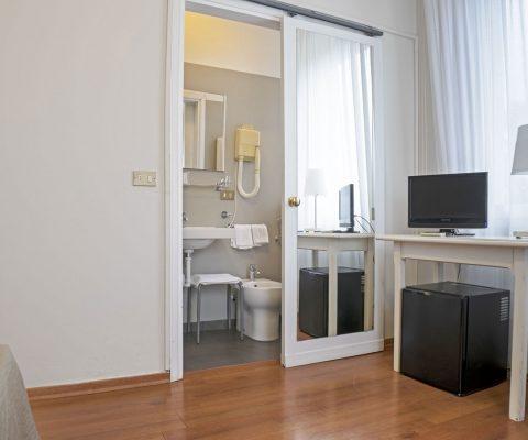Hotel Positano camera doppia bagno