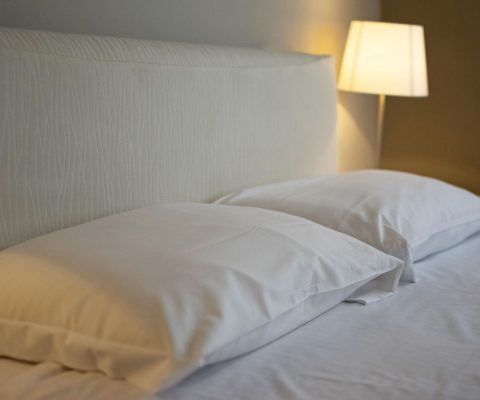 Hotel Positano camera matrimoniale cuscini